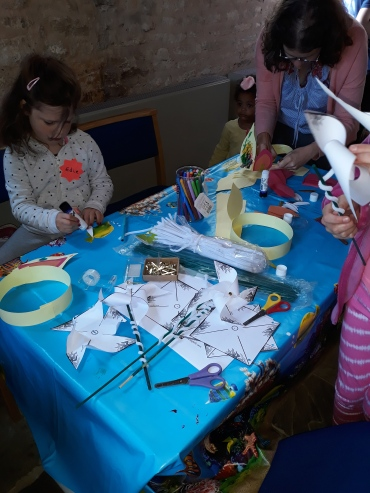 Messy Church May pic 1