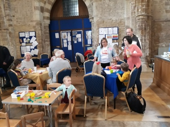 Messy Church May 2019 (3)